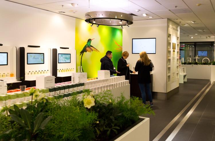Opening Otentic store