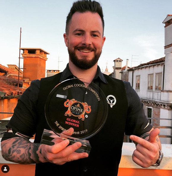 Bar Manager Lewis wins Global Opihr Gin Competition!