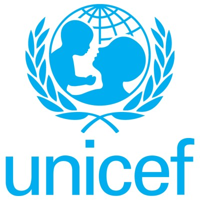 Support UNICEF and win a photo from the 'Imaginary Encounters' exhibition.